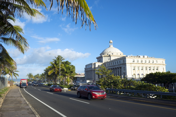 driving-in-puerto-rico