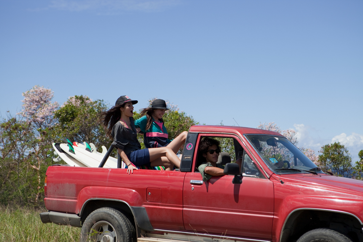 friends-driving-off-road-in-puerto-rico